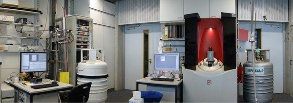 A look into one of our laboratories for physical characterization showing instruments for the measurement of magnetic properties, electrical and thermal transport properties, specific heat capacity etc at low temperatures and in high magnetic fields
